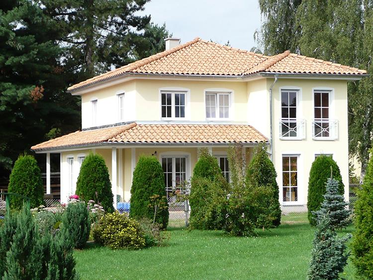 schl sselfertige mediterrane villa in attraktiver lage von. Black Bedroom Furniture Sets. Home Design Ideas