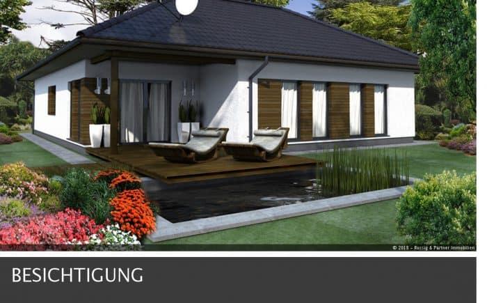 Gartenseite des Bungalows