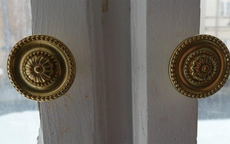 Detail restaurierte Fenstergr